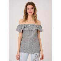 Темно-серая удлиненная блузка в полоску с двойным отворотом