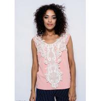 Розовая легкая блуза из стрейч-котона с декором из кружева