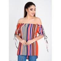 Цветная с белыми полосами блузка с открытыми плечами