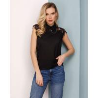 Черная блуза с кружевными вставками