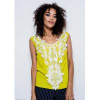 Оливковая легкая блуза из стрейч-котона с декором из кружева