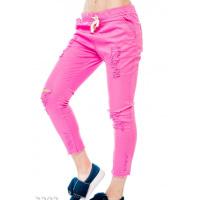 Розовые укороченные рваные джинсы со шнурком в поясе