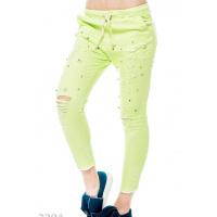Салатовые джинсовые брюки с прорезями и бусинками