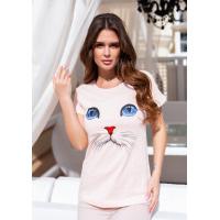 Розовая трикотажная футболка с кошачьими глазками