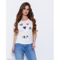 Молочная трикотажная футболка с аппликацией