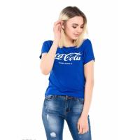 Ярко-синяя футболка с надписью Coca-Cola
