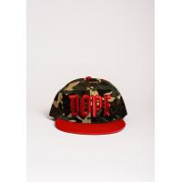 Серо-зеленая с красным кепка с вышивкой DOPE