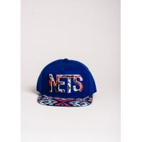 Ярко-синяя кепка NETS с орнаментом