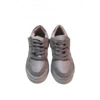 Серые кожаные кроссовки с замшевыми вставками