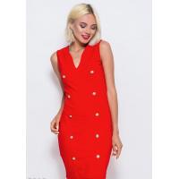Трикотажное обтягивающее платье красного цвета с декором из пуговиц