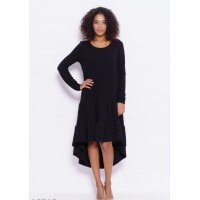 Черное платье из жатки с асимметричными воланами