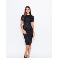 Черное фактурное платье-футляр