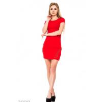 Красное платье-футболка со шнуровкой в тон на бедре