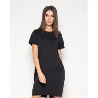 Черное платье с короткими рукавами и карманами