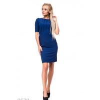 Ярко-синее платье-футляр с лифом в сборку и разрезом сзади