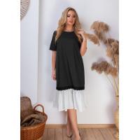 Черное платье-трапеция с белой вставкой