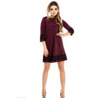 Фиолетовое замшевое платье-трапеция с черным кружевом