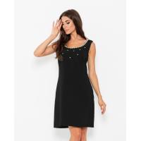 Черное платье с декоративной горловиной