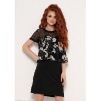 Черное платье с кружевом и принтованным воланом