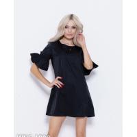 Черное платье с воланами на рукавах