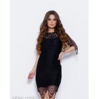 Черное кружевное платье с вырезом на спине