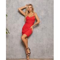 Красное облегающее платье в бельевом стиле