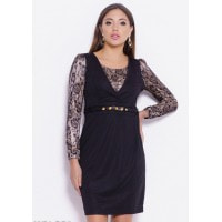 Черное платье с кружевом и рюшами на поясе