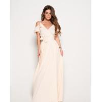 Молочное длинное платье с открытыми плечами