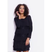 Черное платье с кружевными и плиссированными воланами
