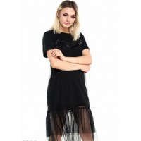 Черное платье-футболка с фатиновым подолом