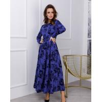 Синее классическое платье с фактурным принтом