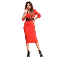 Красное платье-миди с высокой талией и кружевом под грудью