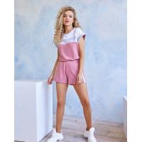 Трикотажный розовый костюм с шортами