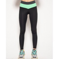 Черные спортивные штаны с серой и салатовой вставками
