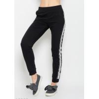 Черные трикотажные спортивные штаны с широкими тесемками по бокам