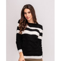 Черный свитер с горловиной-лодочкой и белыми вставками