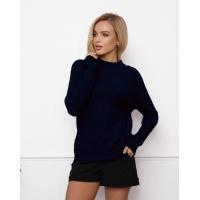 Темно-синий шерстяной свитер фактурной вязки