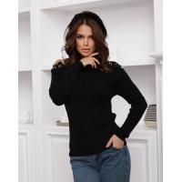 Черный вязаный свитер с вырезами на плечах