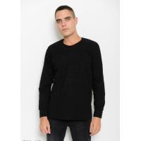 Черный однотонный трикотажный свитер с манжетами на рукавах