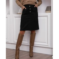 Черная вельветовая юбка с накладными карманами