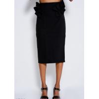 Черная юбка миди прямого кроя с рюшами по бокам